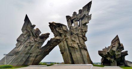 IX forto monumentas ikonele