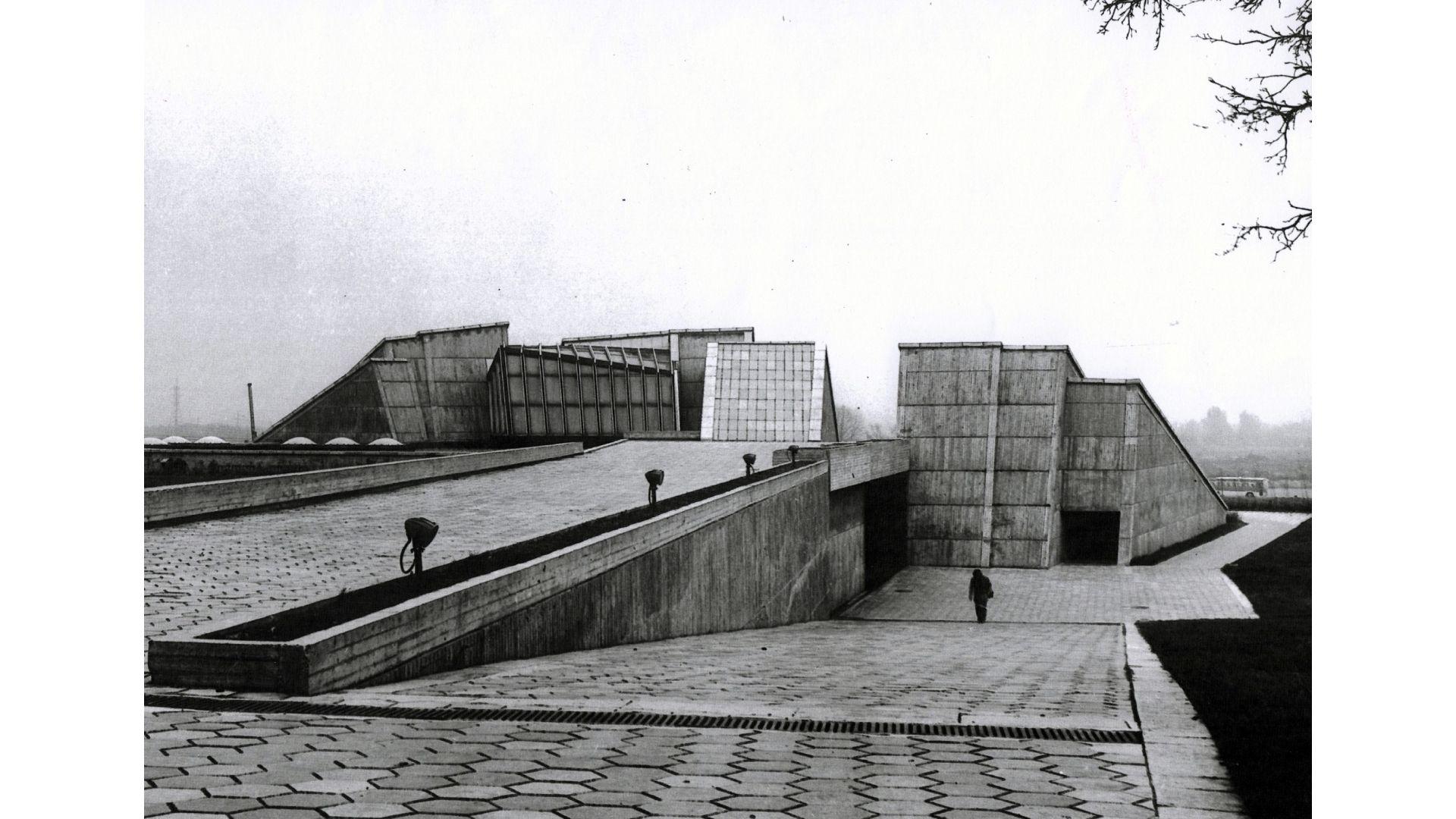 IX forto muziejaus pastatas po statybu