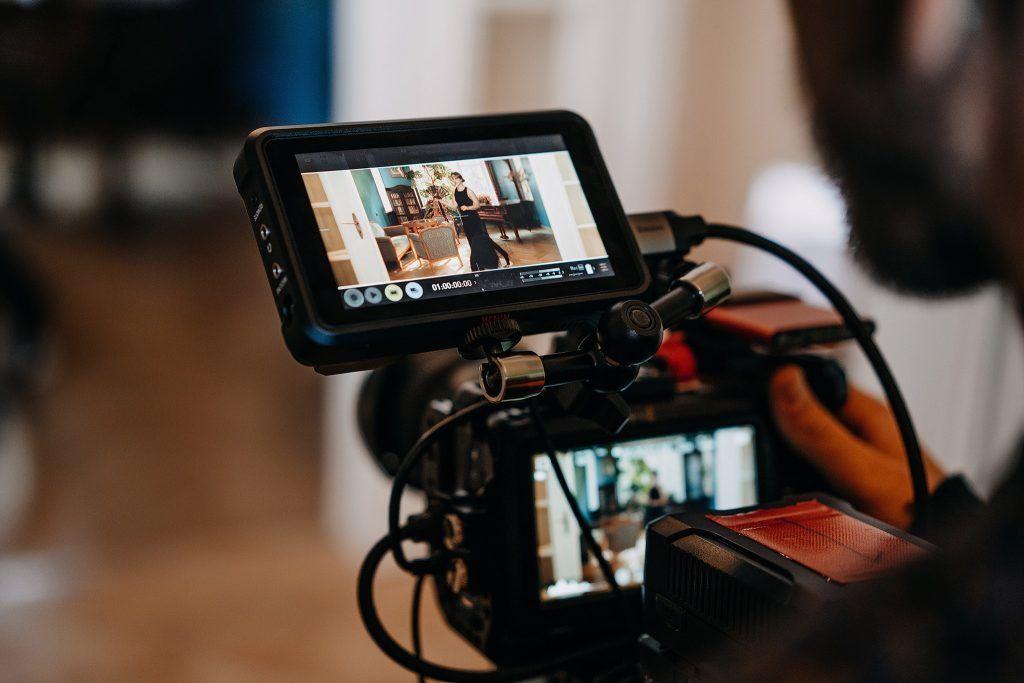 video meno projektas klostės